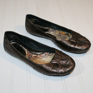 Born 7 1/2 Bronze Adele Flat Ballet Slip-on Shoes